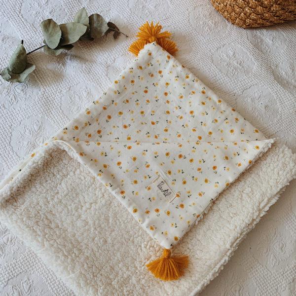 couverture bébé coton biologique imprimé fleurie personnalisable